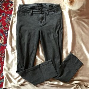 Calvin Klein gray ponte jeggings with pockets